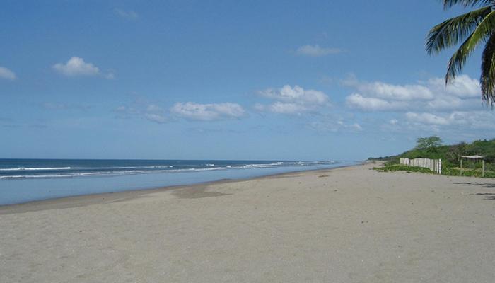 Laya-Boutique-Hotel-Beachfront-in-Nicaragua